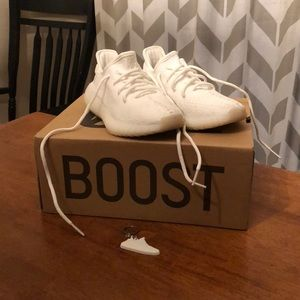 Yeezy Boost 350 V1 All White Size 5 Yeezys